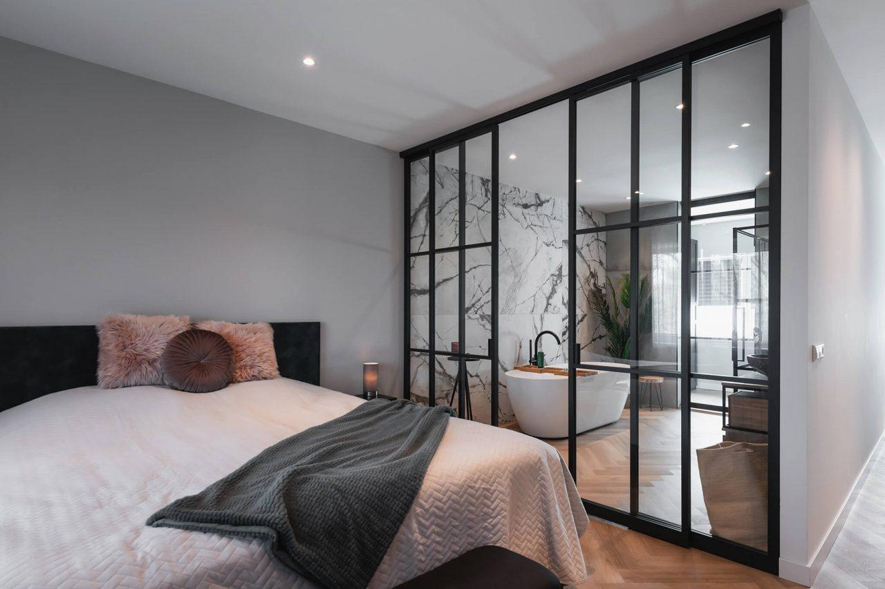 Schuifwand badkamer slaapkamer GewoonGers