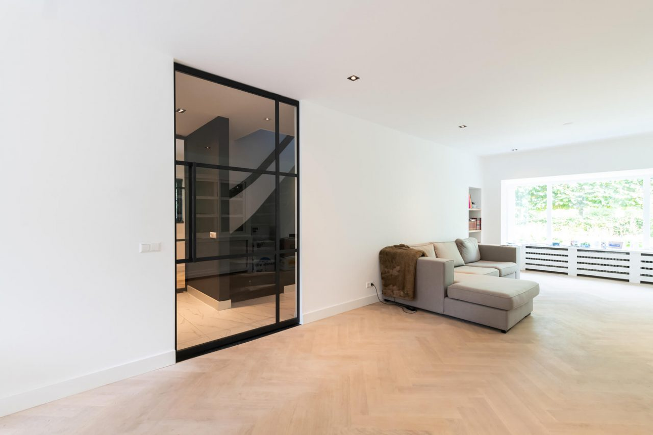 Huizen GewoonGers taatsdeur staal glas