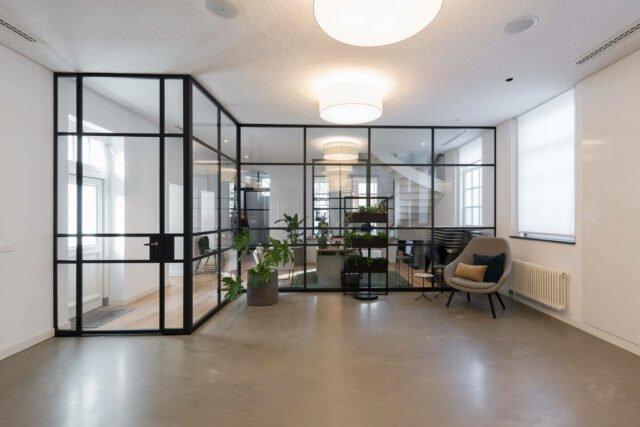Kantoor AMG IJsselstein GewoonGers roomdivider